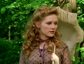 Kirsten Dunst in Lover's Prayer, Wearing a Period Drama Choker Necklace