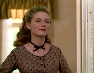 Lover's Prayer: Kirsten Dunst Wearing a Choker Necklace