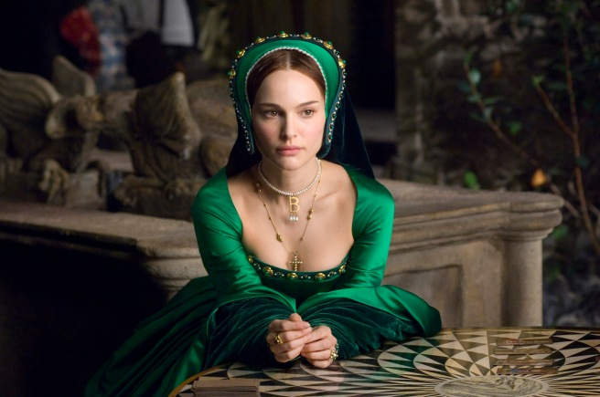 Natalie Portman in The Other Boleyn Girl, Wearing a Choker