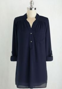 Buttoned navy blue tunic bouse