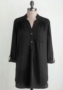 Buttoned black tunic