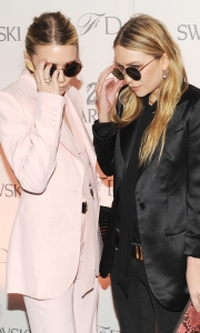 Mary-Kate and Ashely Olsen: round sunglasses