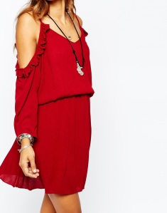Missguided open Shoulder Ruffle Skater Dress in red