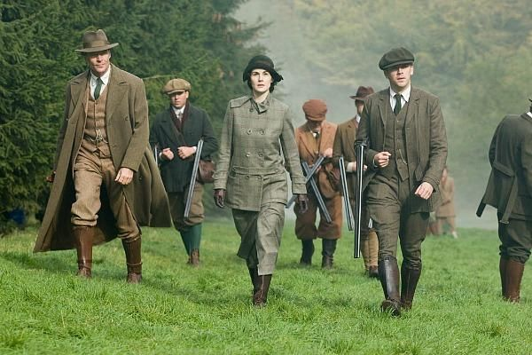Downton Abbey season 5 hunting scene: tweed costumes