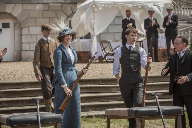 Mr. Selfridge: Rose Selfridge wearing blue tweed while shooting