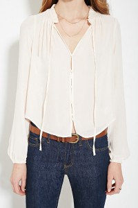 Buttoned Blouse with cinched sleeves